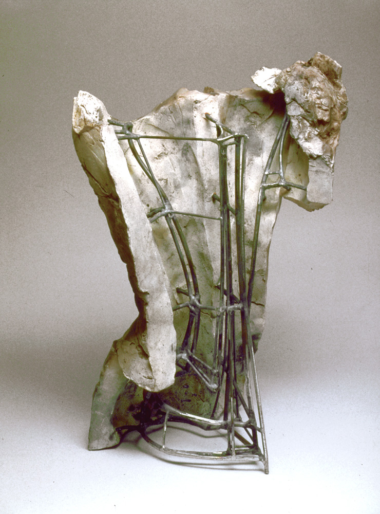 """Manifest. 1998. Ceramic and steel. 18 x 12 x 11"""". View front. Darrin Hallowell"""