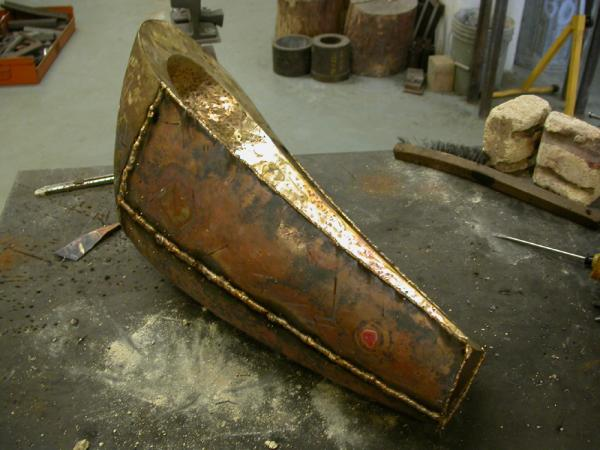 "One to Two. 2009. bronze. 12 x 10 x 23"". Welding form. Darrin Hallowell"